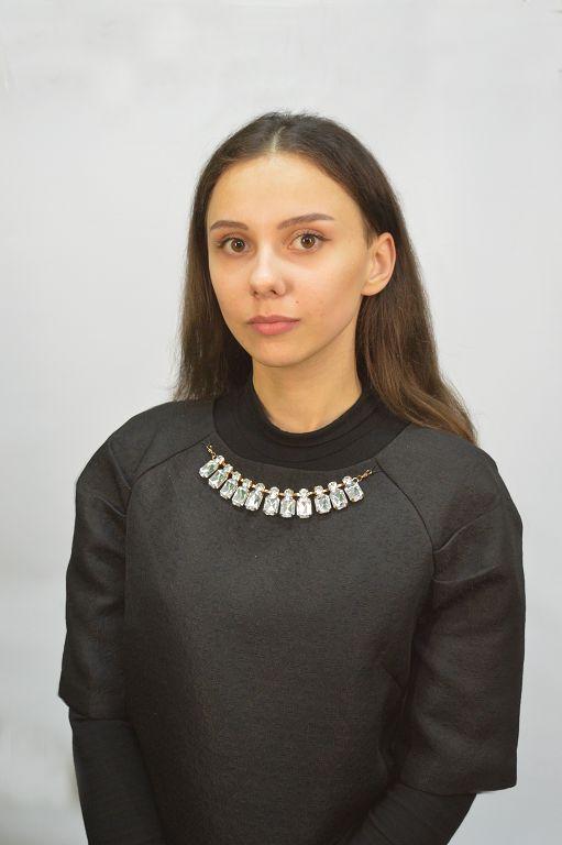 Кніга Юлія Анатольеўна